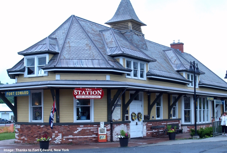THE FORT EDWARD-GLEN FALLS TRAIN STATION AND DELI. IMAGE THANKS TO THE FORT EDWARD CHAMBER OF COMMERCE.