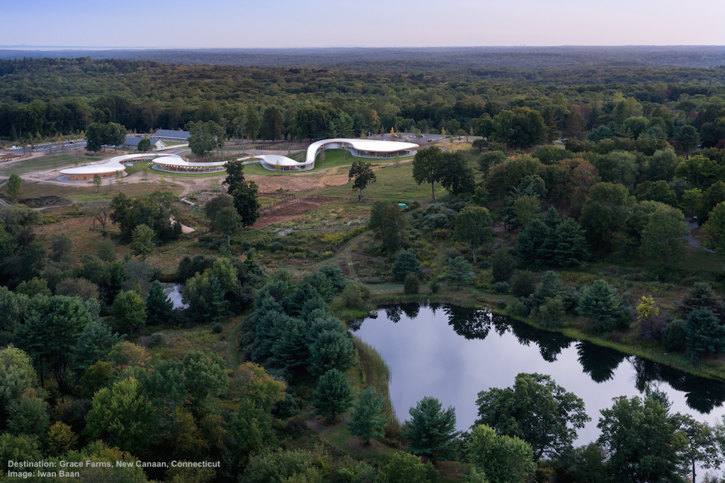 THE RIVER BUILDING BLENDS GENTLY INTO THE LANDSCAPE AT GRACE FARMS. IMAGE: IWAN BAAN, THANKS TO GRACE FARMS