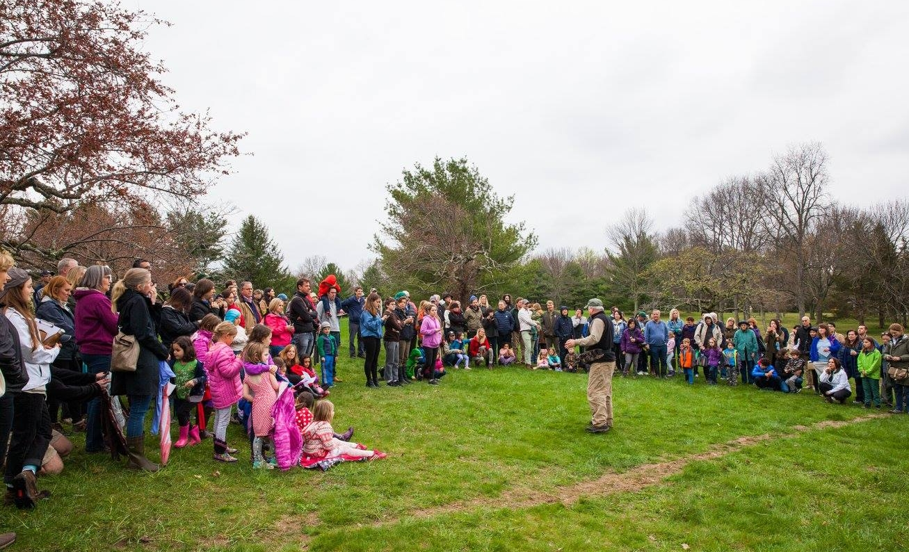 KIDS AND ADULTS ENJOYED THE FESTIVITIES ON EARTH DAY 2017 INCLUDING A DEMONSTRATION OF HAWKS AND OWLS FROM AROUND. IMAGE: VANESSA VAN RYZIN, COURTESY OF GRACE FARMS.