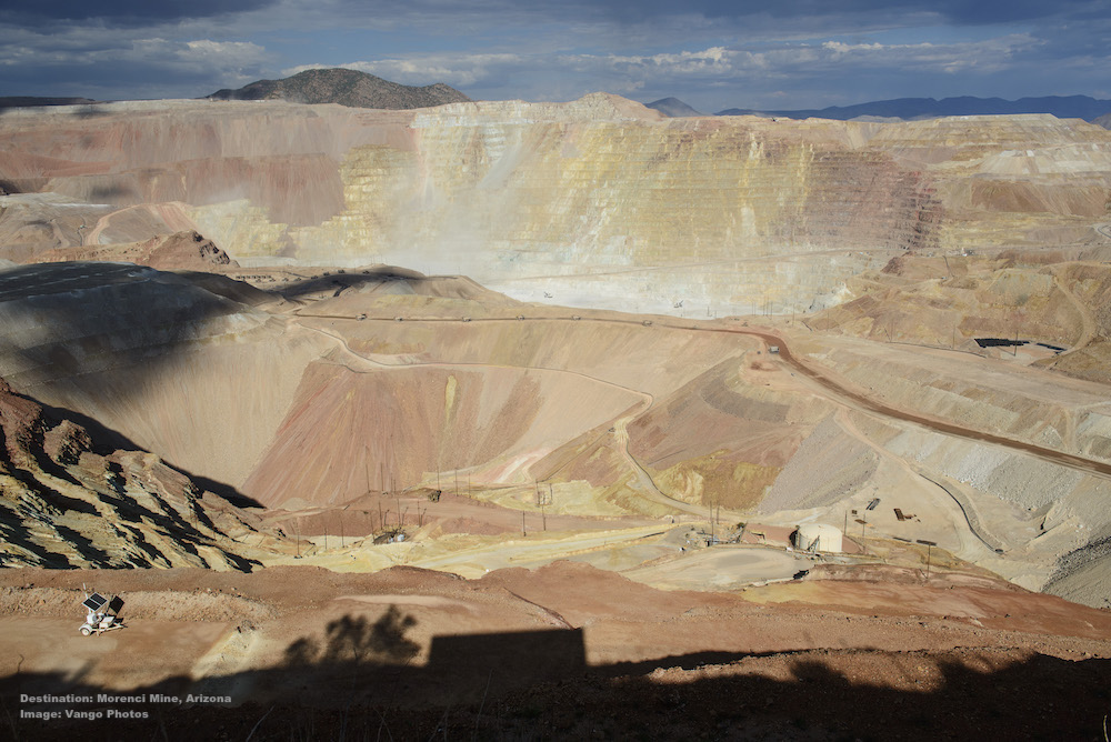 THE SCENE AFTER ENTERING THE MORENCI AREA, THIS  COPPER MINE  HAS BEEN ACTIVE SINCE 1872. IT BALSTS DAILY. IMAGE: ©Jorn Vangoidtsenhoven, VANGO PHOTOS.