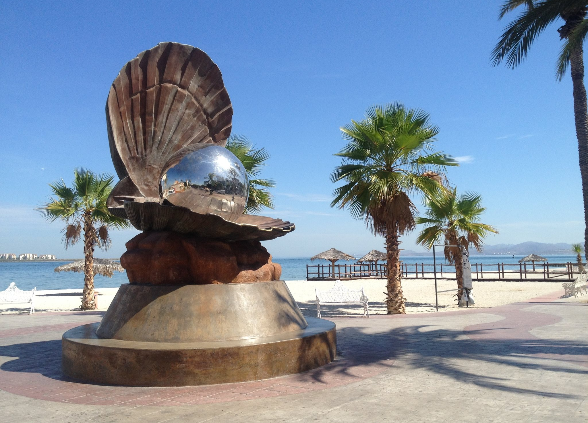 THE PEARL IS PART OF THE RICH HISTORY AND FOLKLORE OF LA PAZ. STROLL THE MALECÒN PROMENADE AND EXPLORE THE CITIE'S LOCAL ART SCENE. IMAGE THANKS TO HANNAH GORSKI AND  BAJA NOTEBOOK