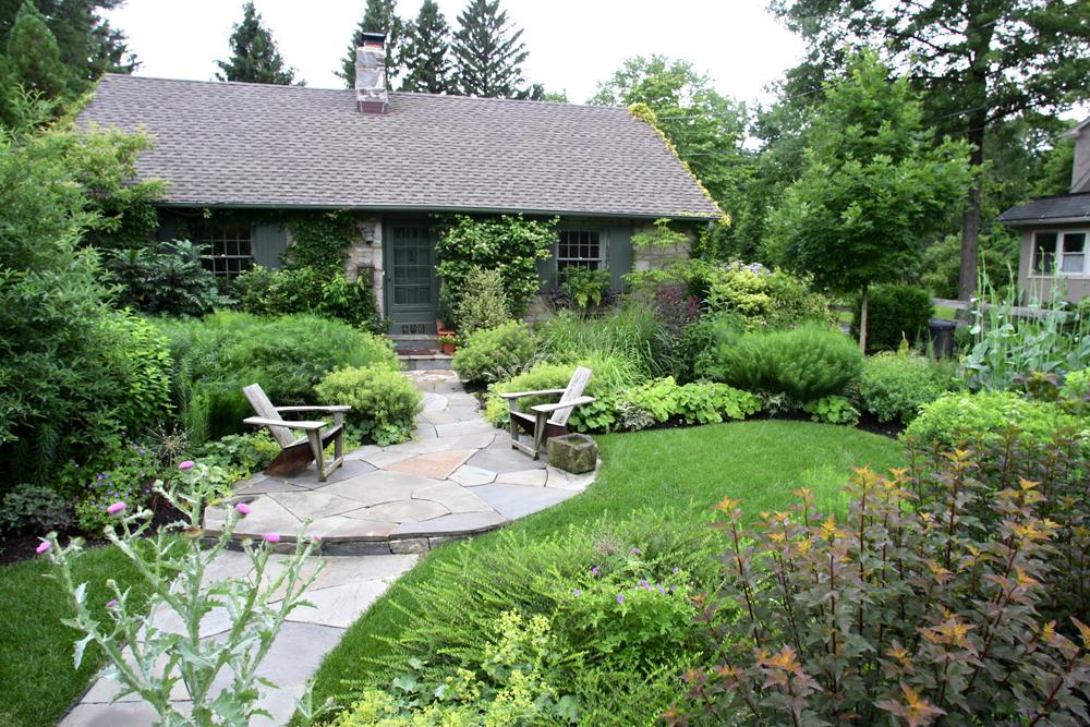 swarthmore-landscaping-company-gardening.jpg