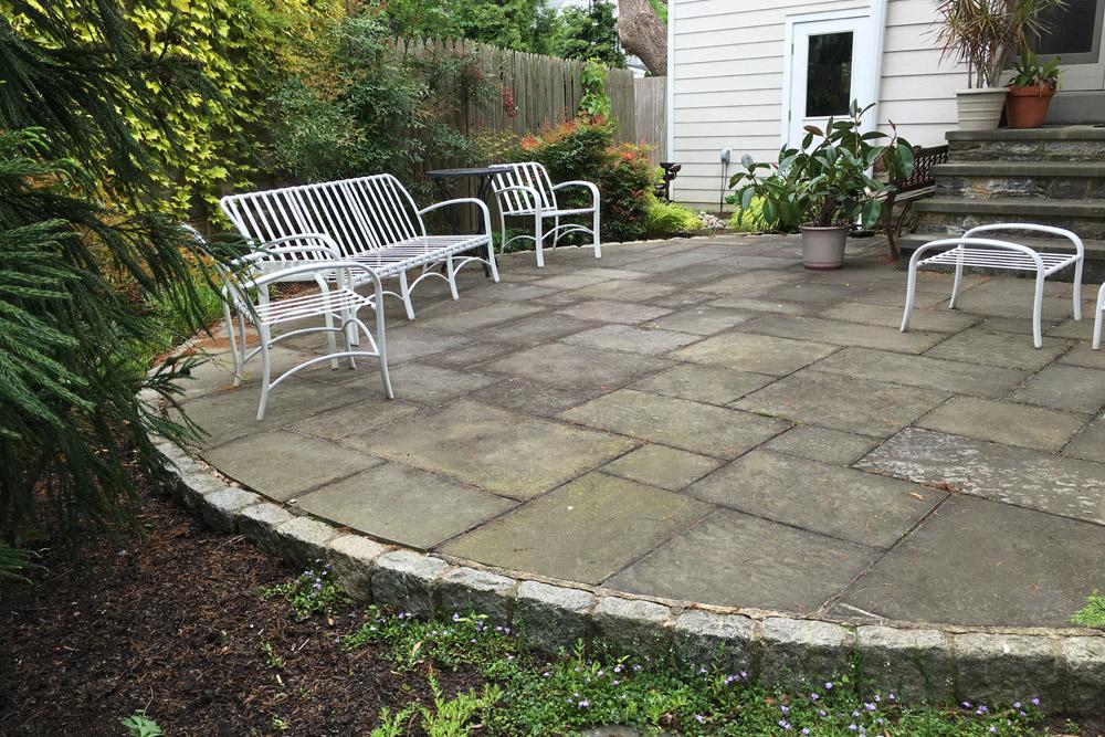flagstone-patio-circular-hardscape.jpg