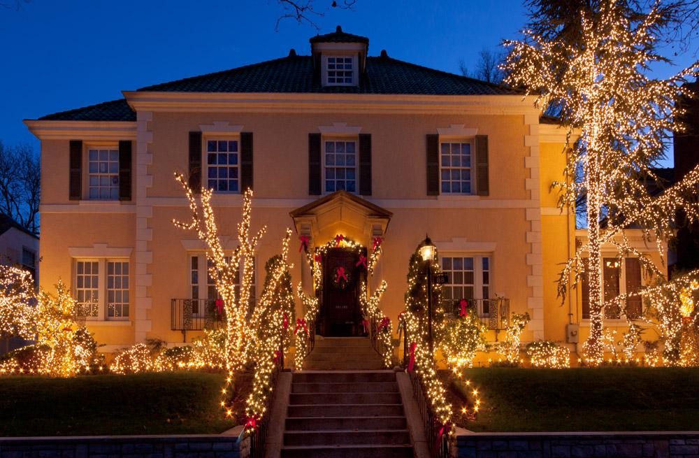 christmas-lights-philadelphia-holiday.jpg