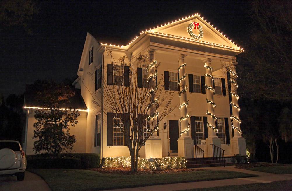 christmas-decorations-lights-philadelphia-suburbs.jpg