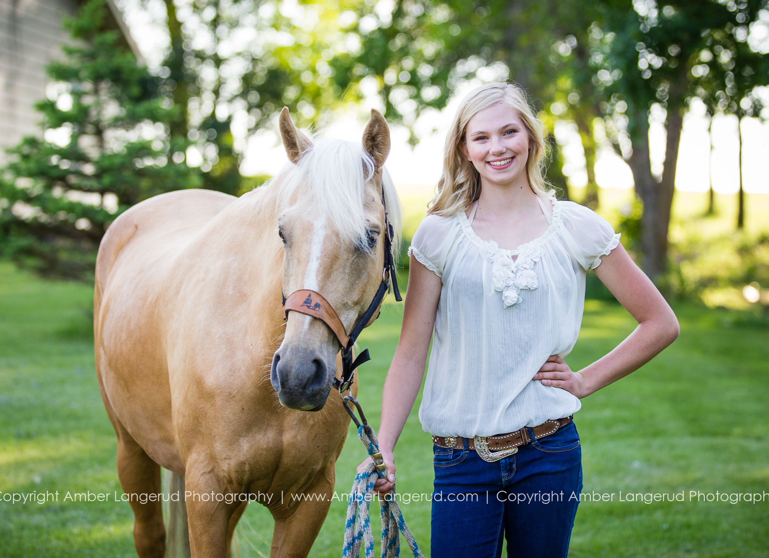 A Country Girl and Her Horse | Detroit Lakes Area High School Senior Photographer