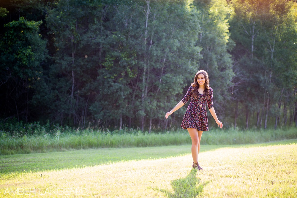 Detroit Lakes Area High School Senior Pictures at the Lake