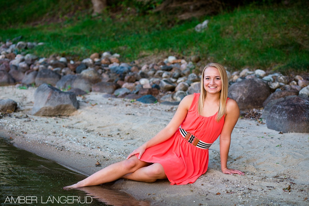 High School Senior Pictures on the Lake