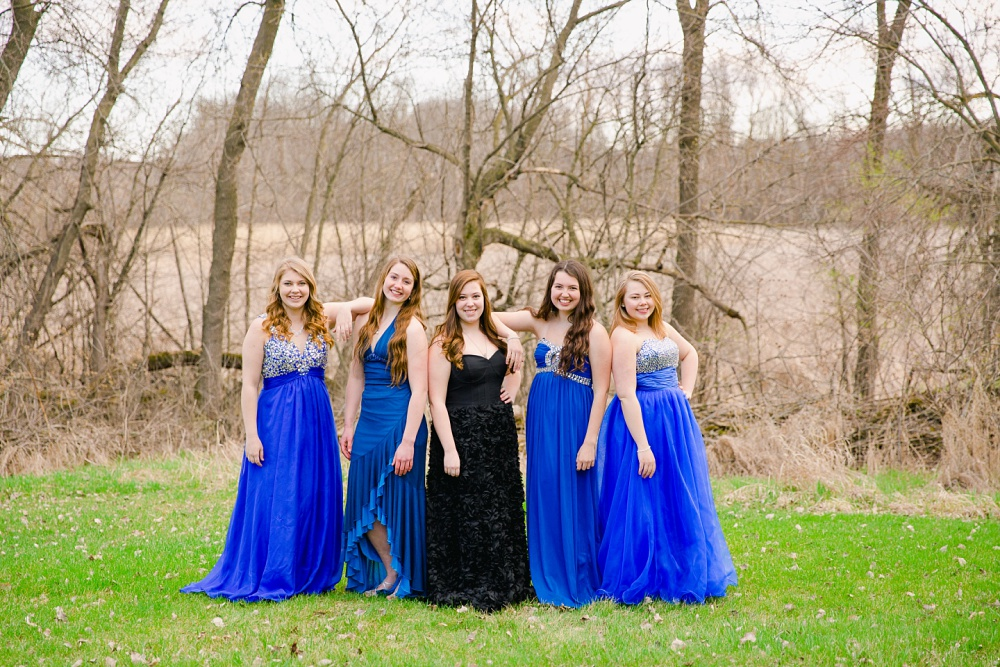 Glam the Dress/Country Girl Themed Photoshoot | Frazee, MN Class of 2016
