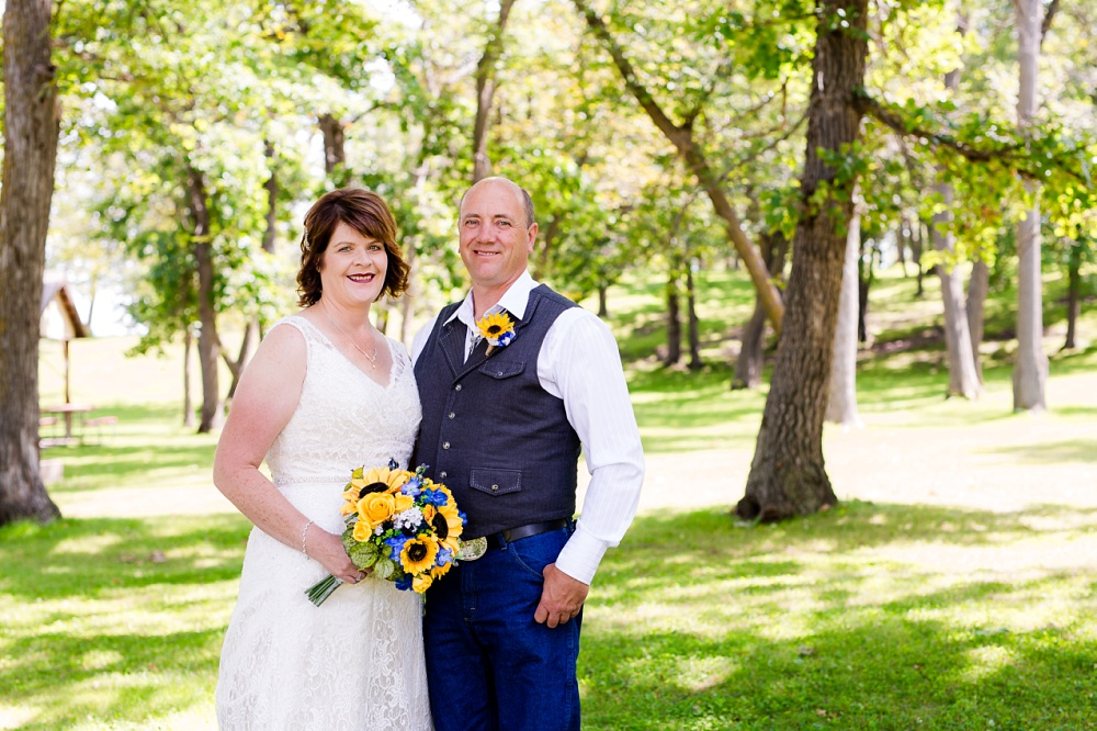 Detroit Lakes, MN Country Styled Wedding at Trinity Lutheran Church & Holmes Ballroom Photographed by Amber Langerud Photography | Bride & Groom at Detroit Lakes Park