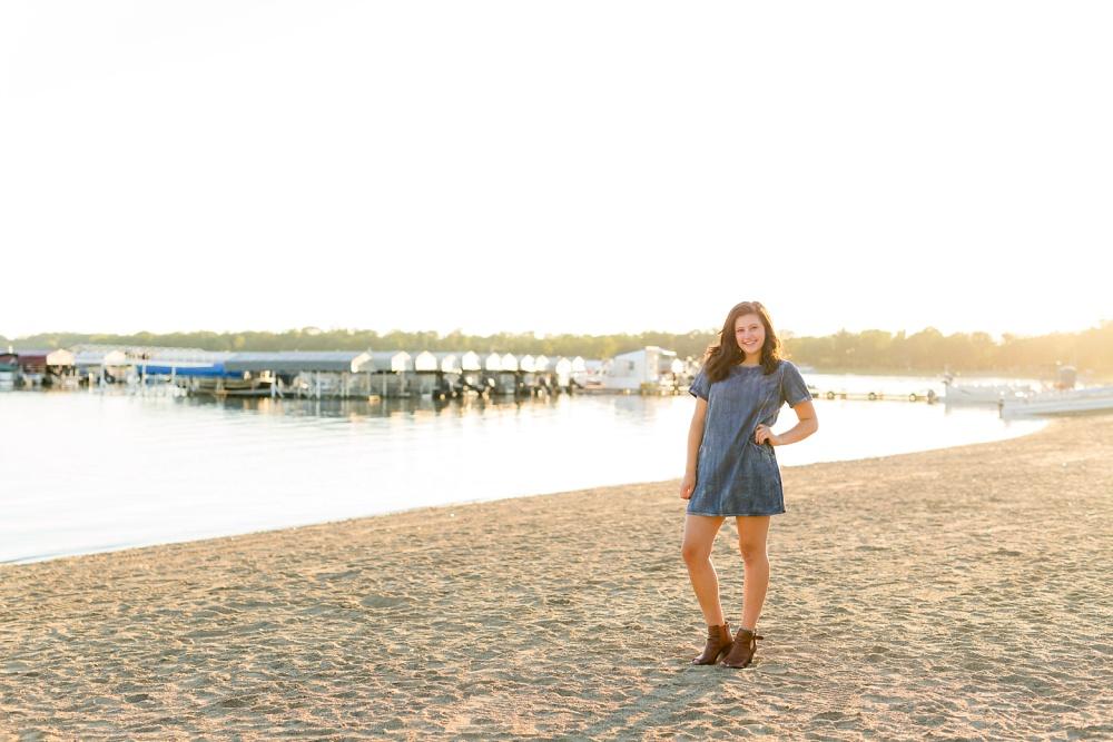 Detroit Lakes, MN Urban & Beach Styled Senior Pictures | Ivy