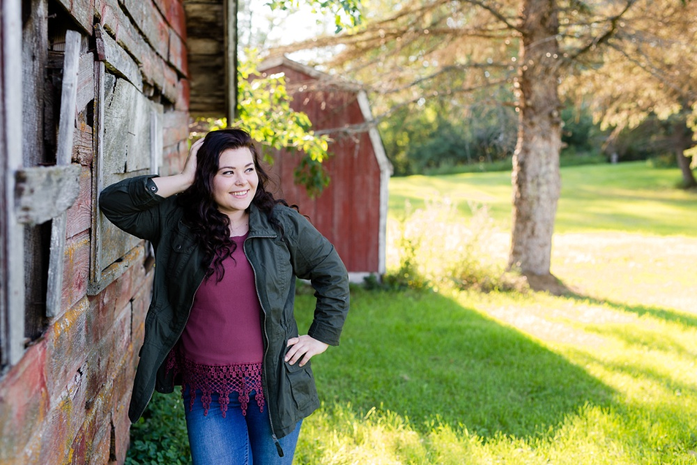 Summertime, Country Styled High School Senor Portraits near Audubon, MN | Tegan