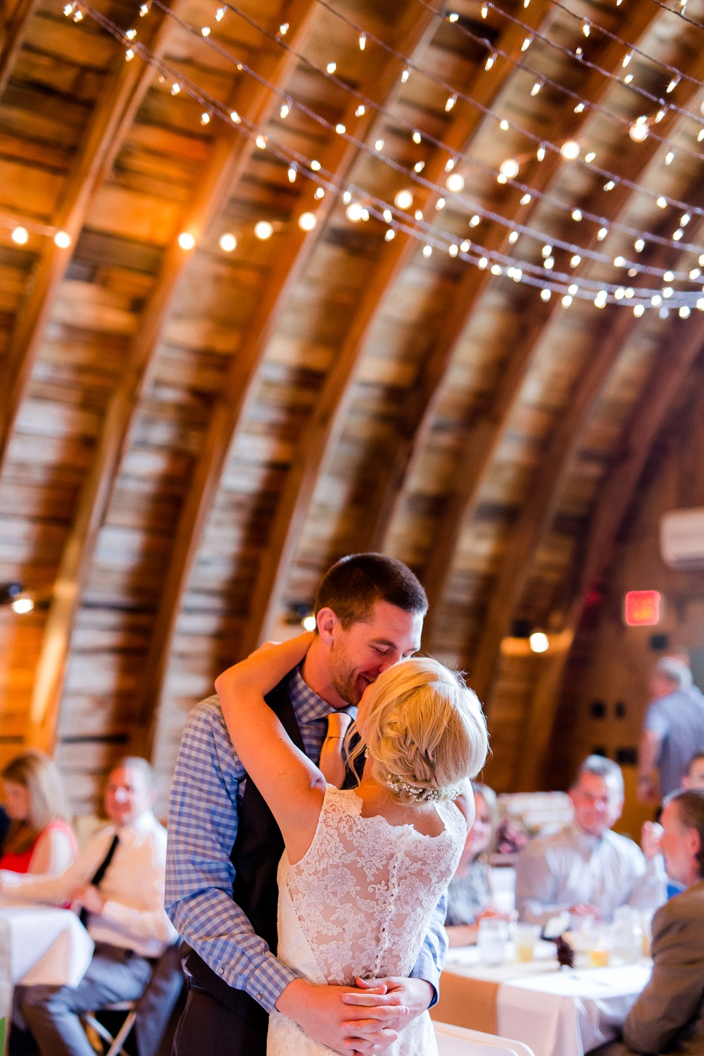 Fishing Themed, Lakeside Barn Wedding at The Barn at Five Lakes | Nicole & Eric | Photographed by Amber Langerud Photography located out of Audubon, MN