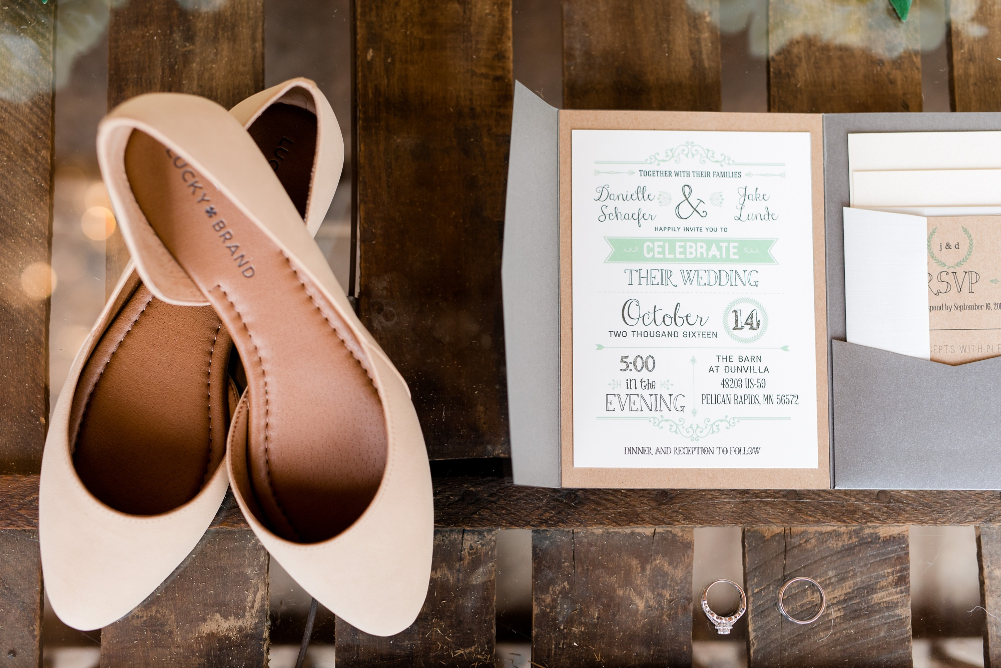 Wedding Details by Amber Langerud Photography