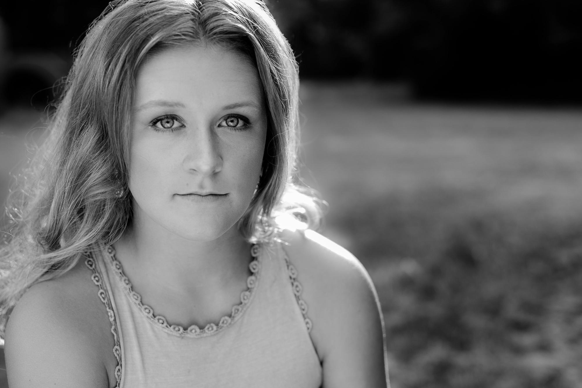 Country Styled, Lakeside High School Senior Girl Session by Amber Langerud Photography near Audubon, MN | Emma