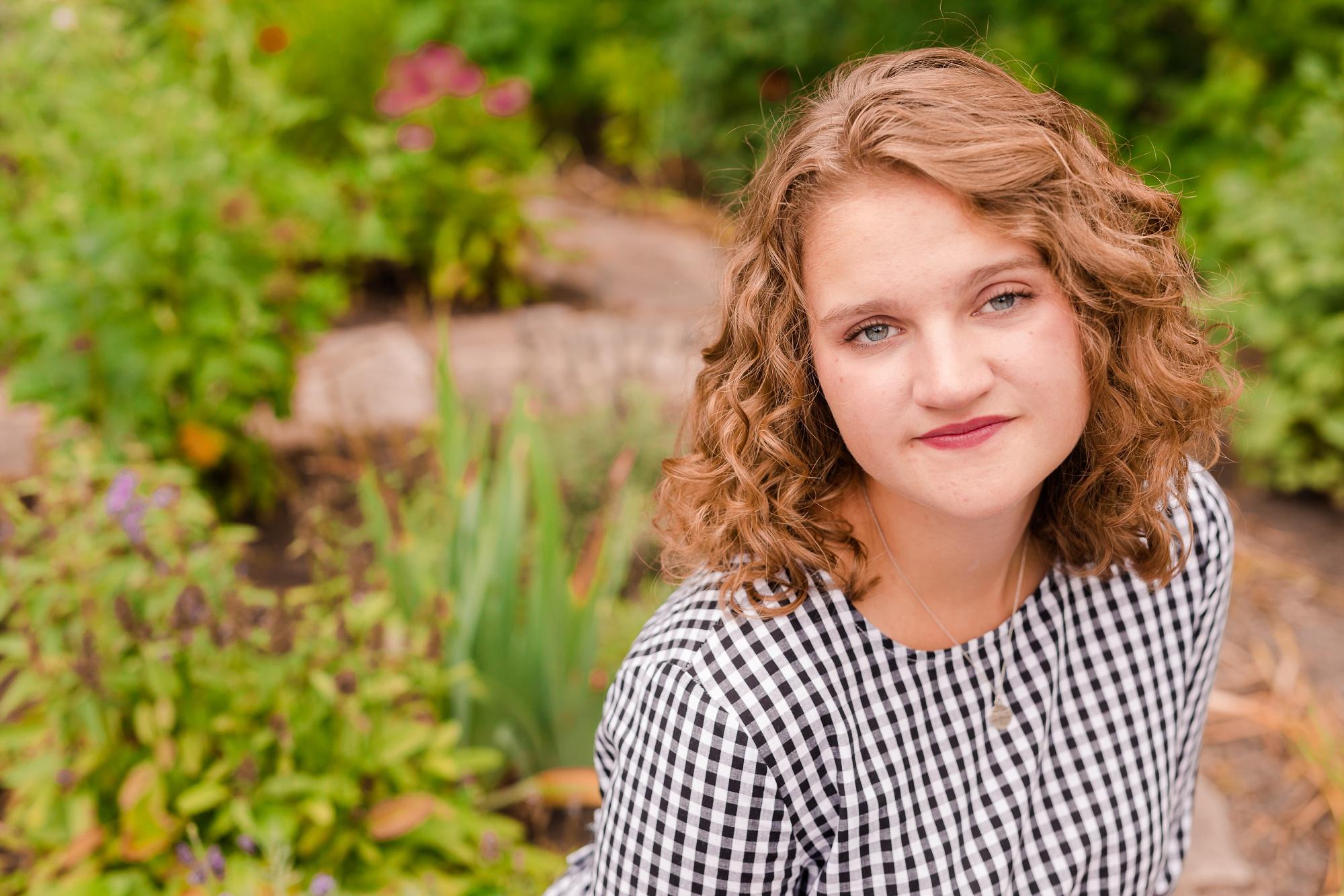 AmberLangerudPhotography_Lakeside Senior Pictures_2789.jpg