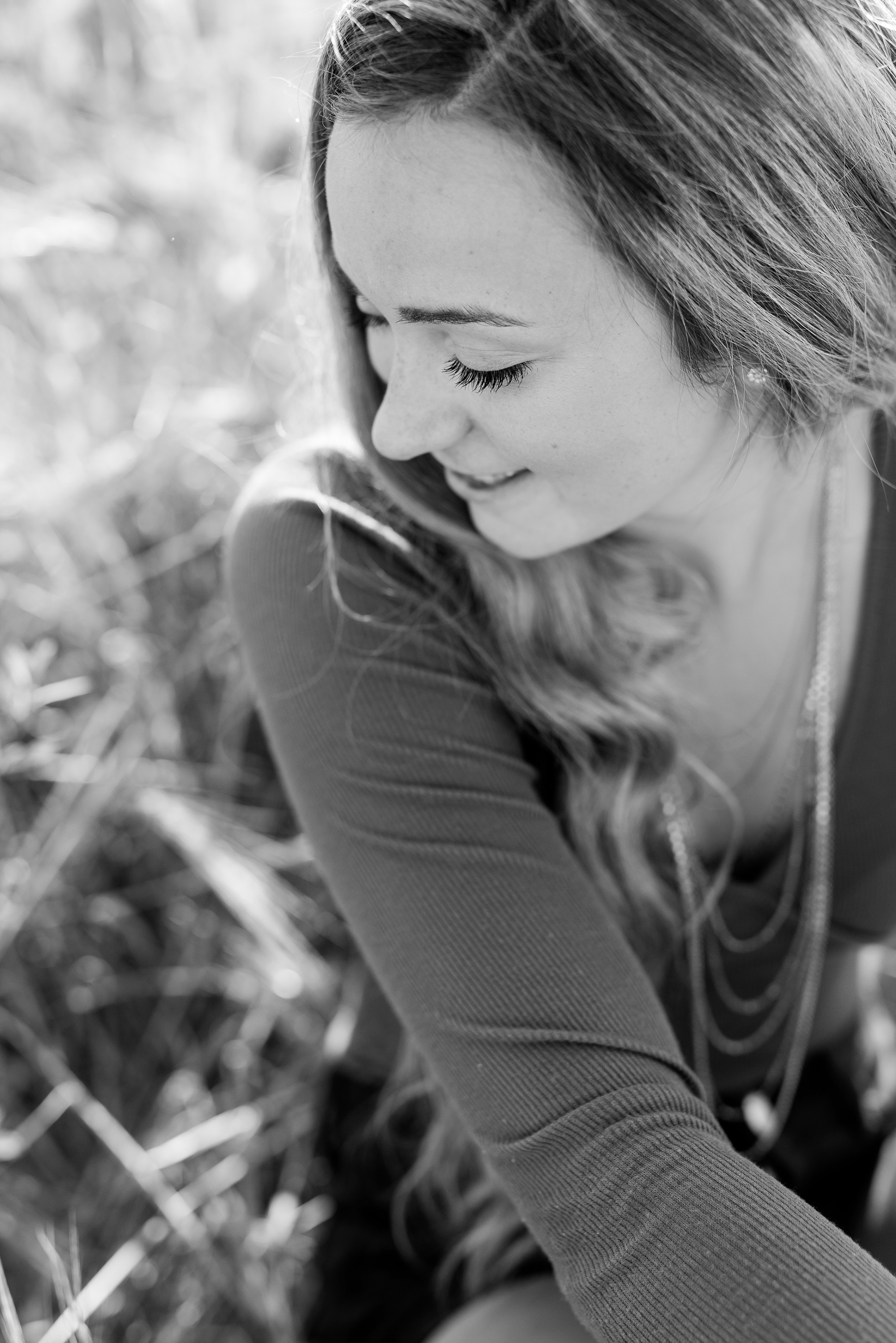 Country Styled High School Senior Pictures on a Farm and Little Cormorant Lake in Minnesota by Amber Langerud