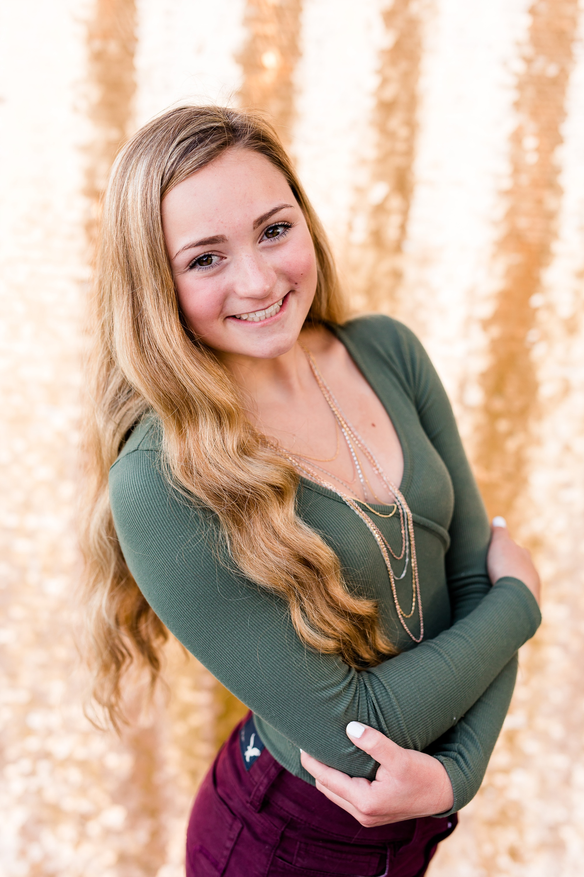 Country Styled High School Senior Pictures on a Farm and Little Cormorant Lake in Minnesota by Amber Langerud with Gold Drop it Modern Backdrop