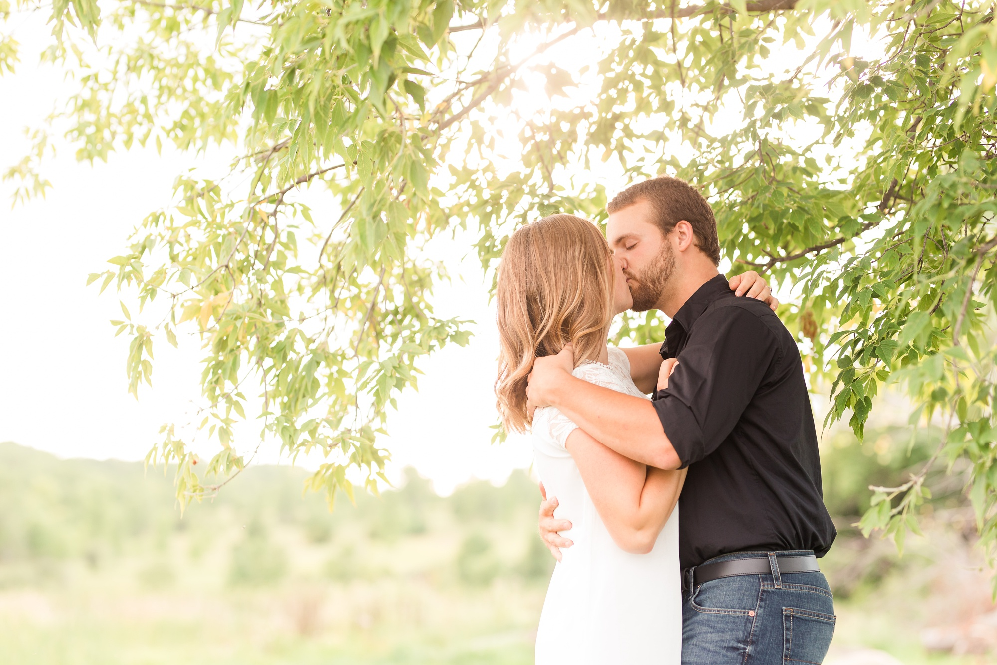 AmberLangerudPhotography_Countryside Engagement Session in Minnesota_3095.jpg