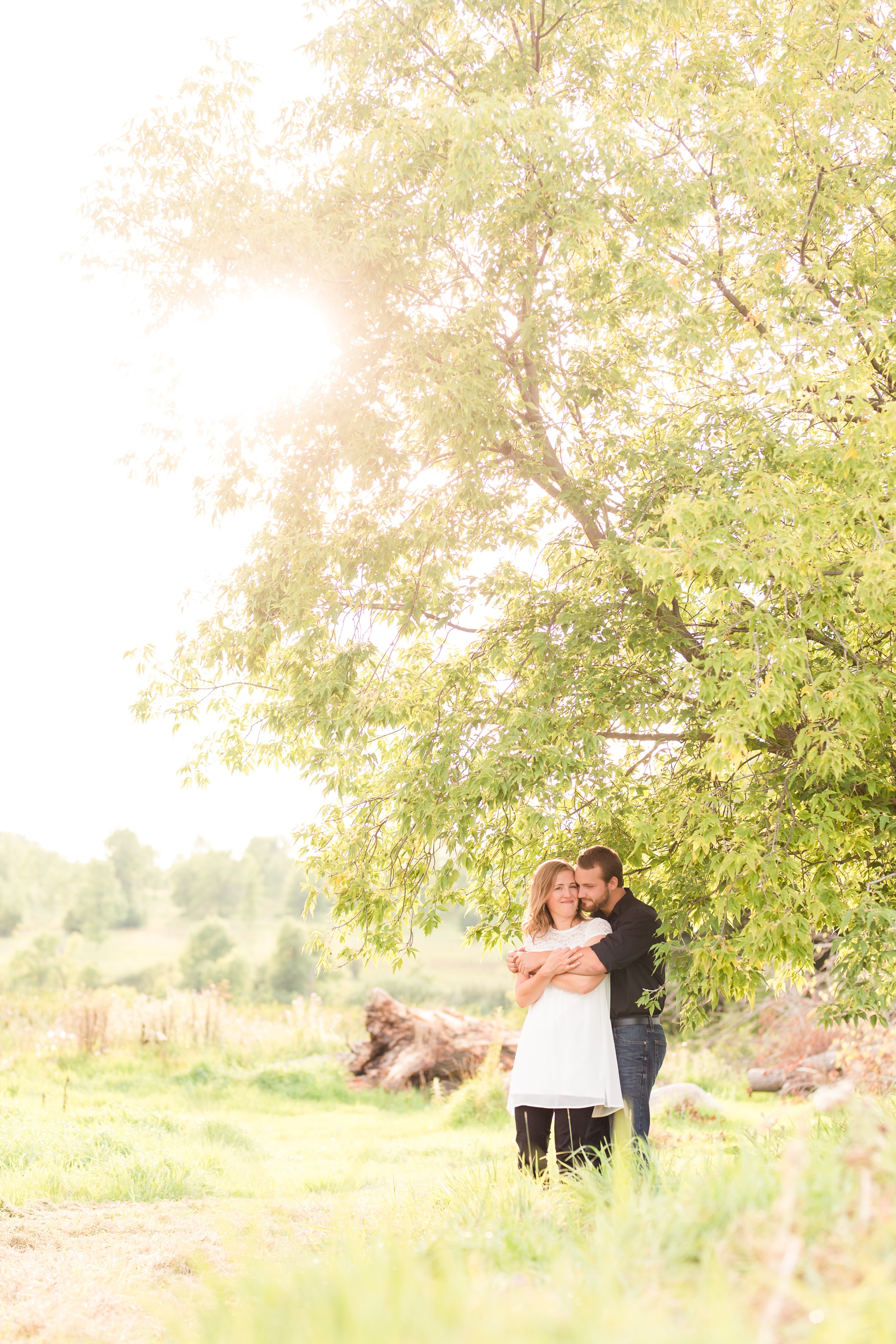 AmberLangerudPhotography_Countryside Engagement Session in Minnesota_3099.jpg
