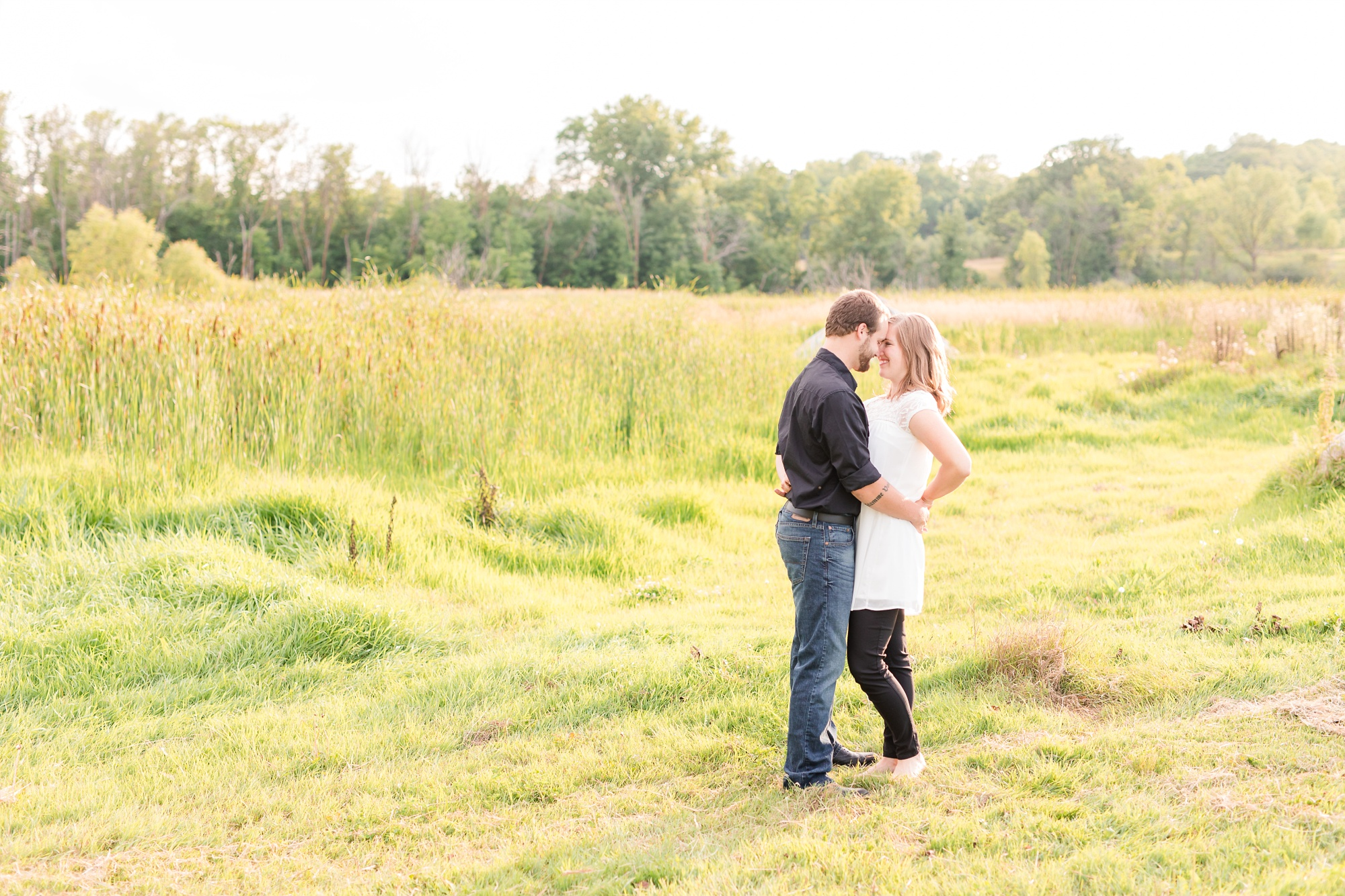 AmberLangerudPhotography_Countryside Engagement Session in Minnesota_3106.jpg