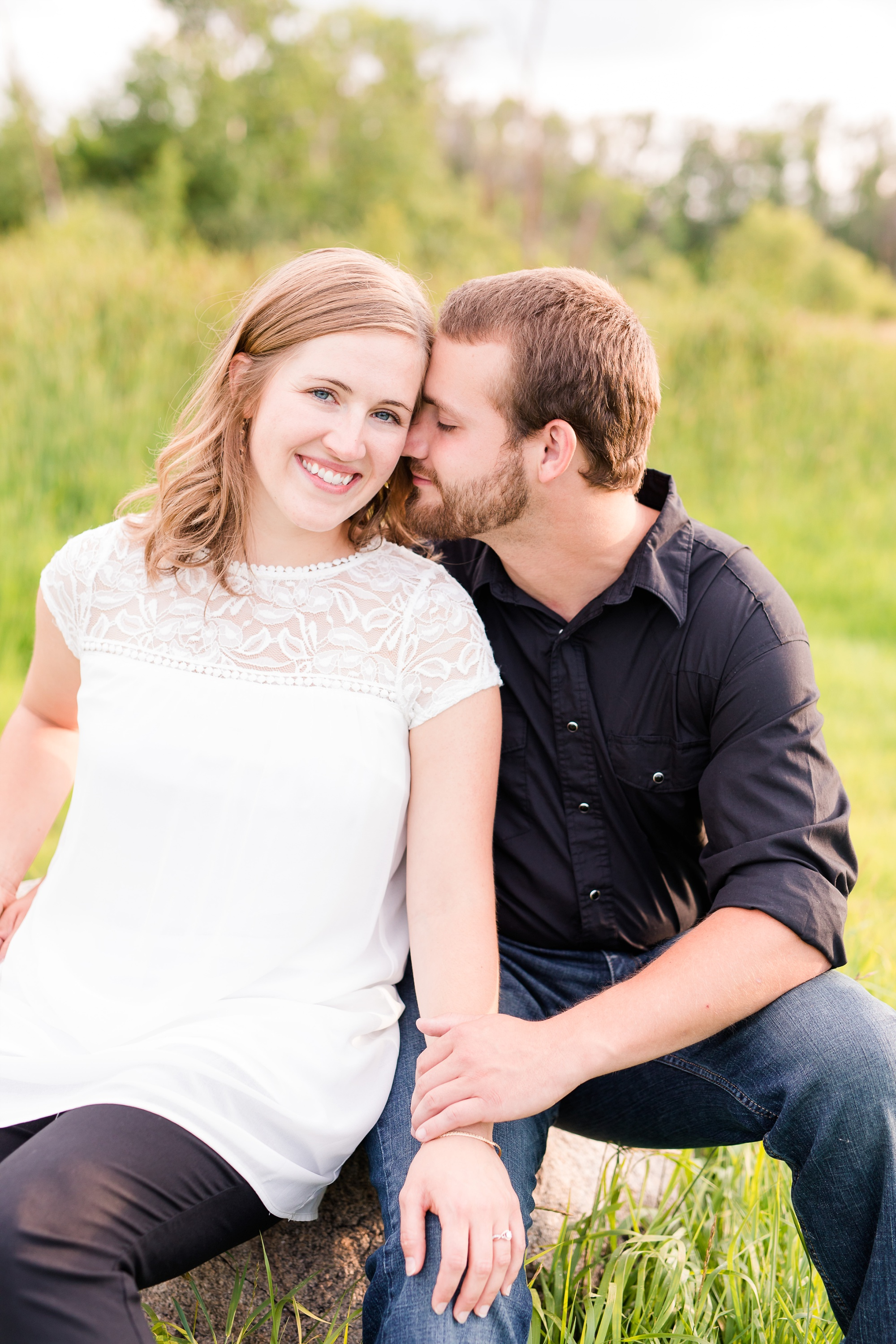 AmberLangerudPhotography_Countryside Engagement Session in Minnesota_3109.jpg