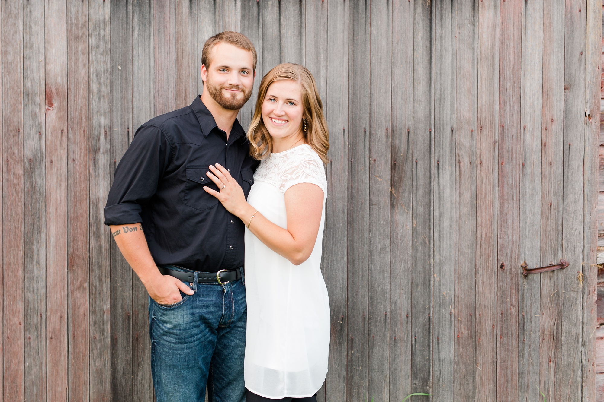 AmberLangerudPhotography_Countryside Engagement Session in Minnesota_3114.jpg