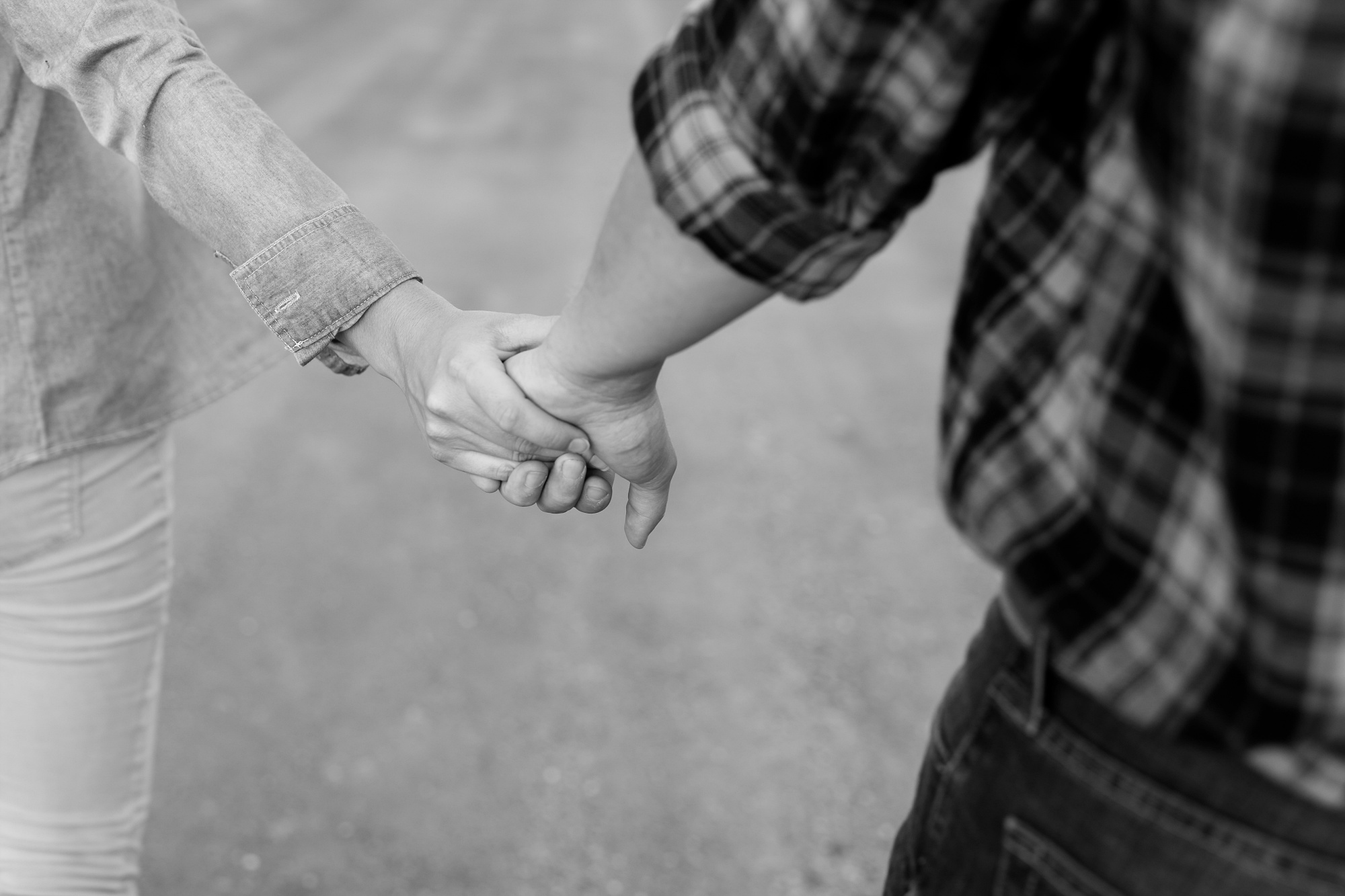 AmberLangerudPhotography_Countryside Engagement Session in Minnesota_3129.jpg