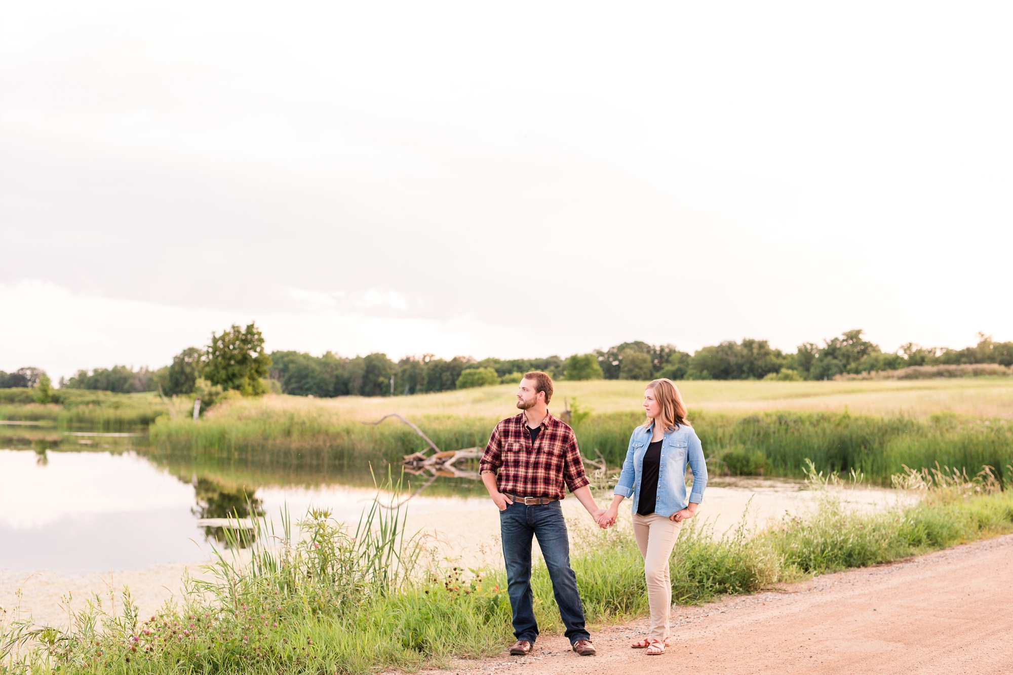 AmberLangerudPhotography_Countryside Engagement Session in Minnesota_3133.jpg