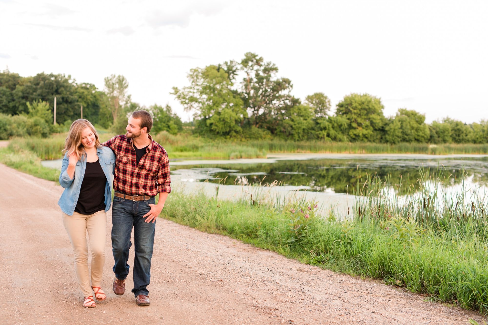 AmberLangerudPhotography_Countryside Engagement Session in Minnesota_3138.jpg
