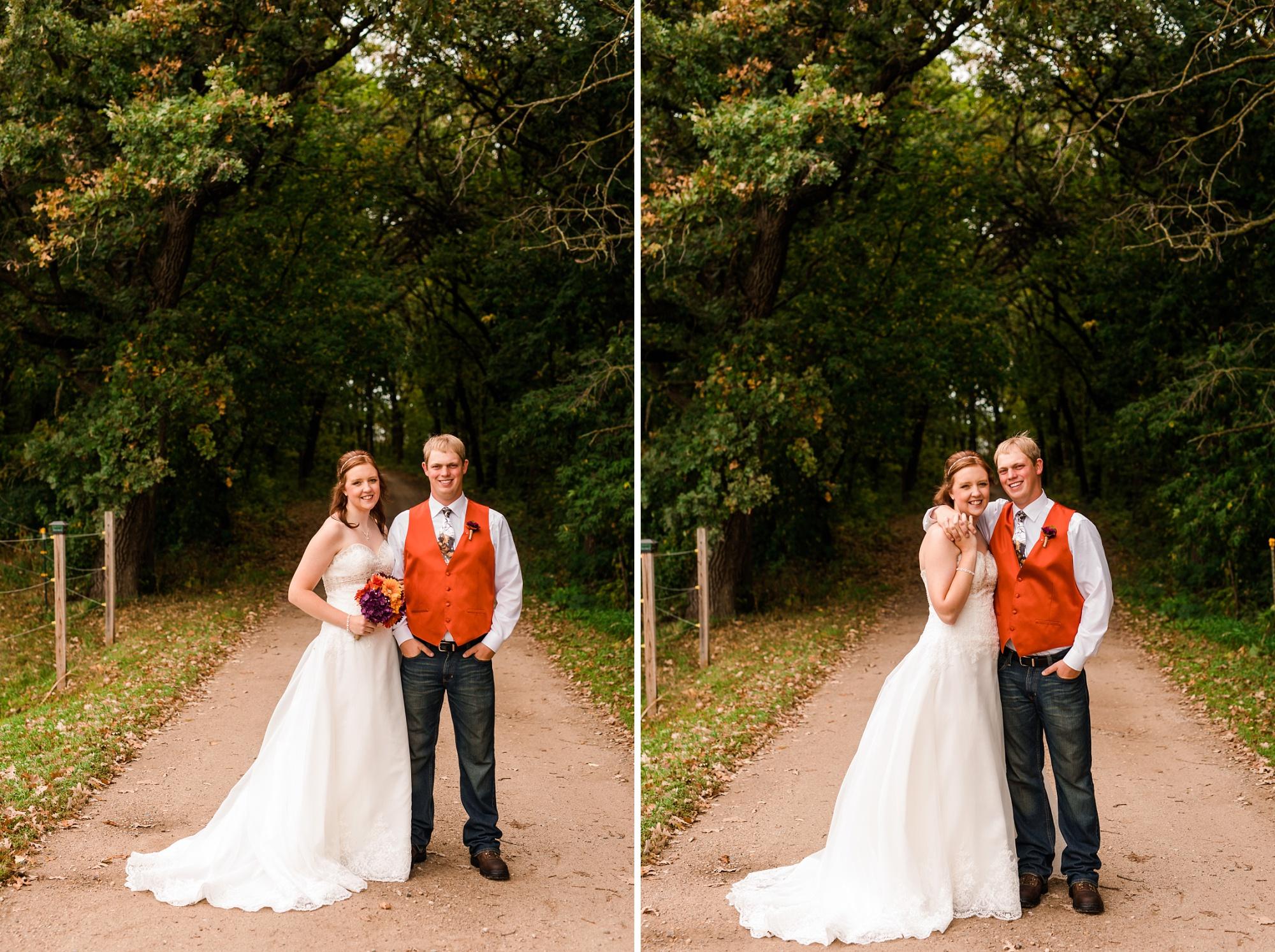 Amber Langerud_Lake Park MN Barn wedding at the Hitching Post_0419.jpg