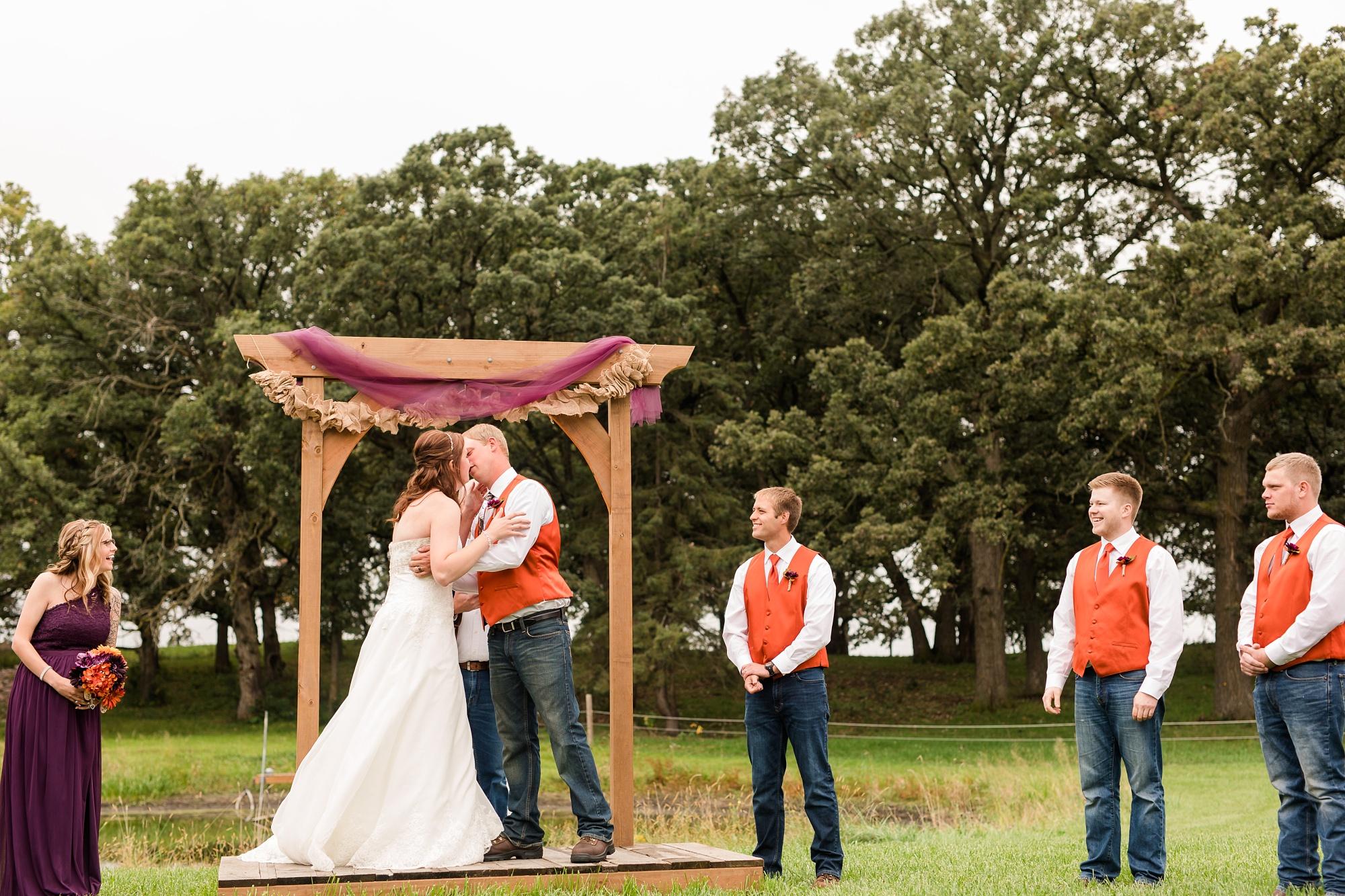 Amber Langerud_Lake Park MN Barn wedding at the Hitching Post_0449.jpg