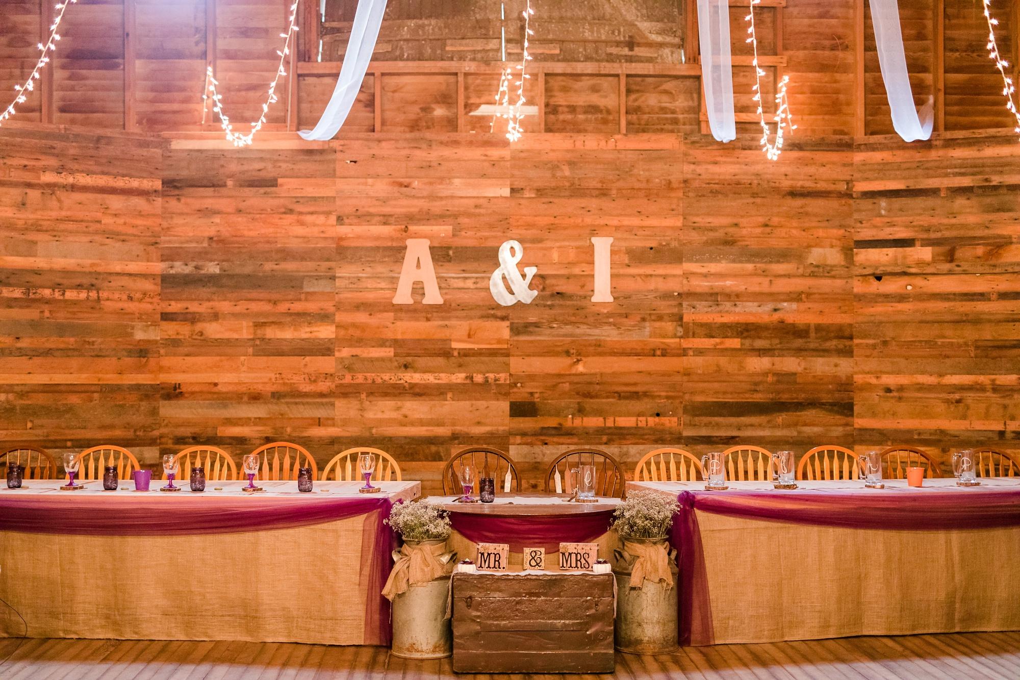 Amber Langerud_Lake Park MN Barn wedding at the Hitching Post_0458.jpg