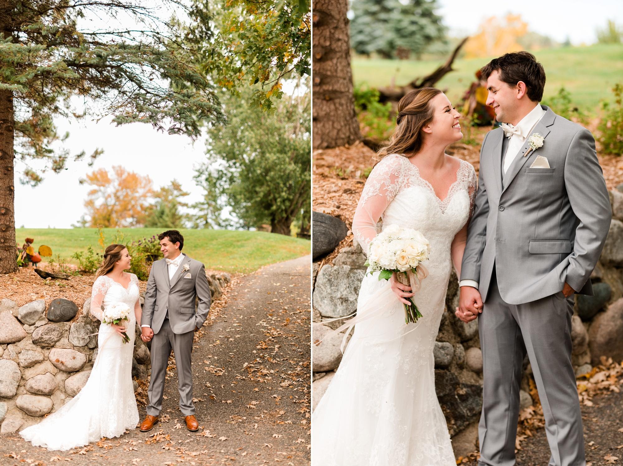 AmberLangerudPhotography_Fair Hills Resort Lakeside Wedding in Minnesota_3428.jpg