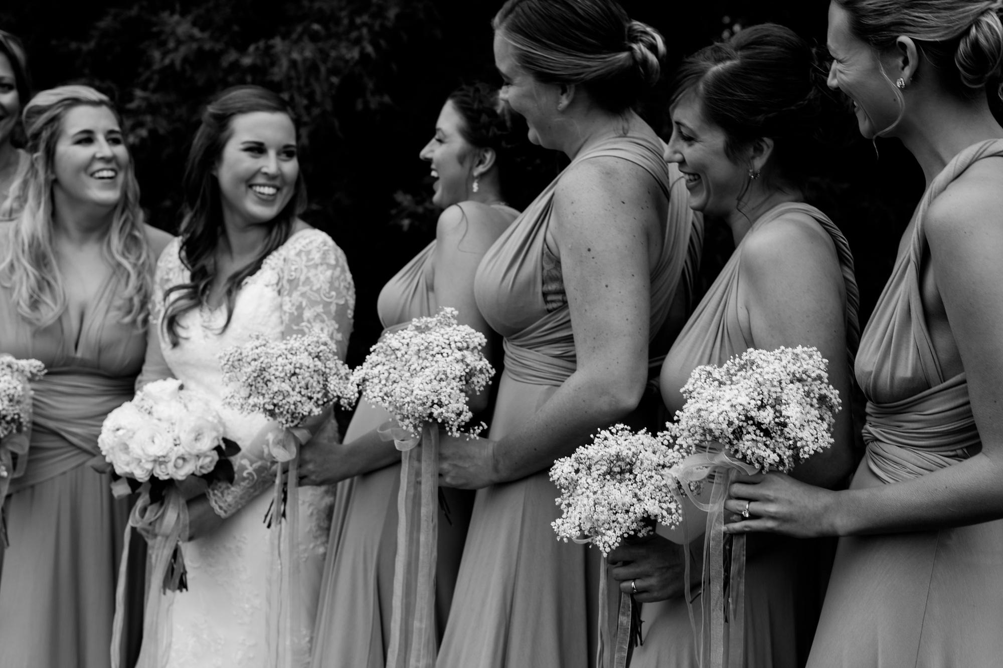 AmberLangerudPhotography_Fair Hills Resort Lakeside Wedding in Minnesota_3453.jpg