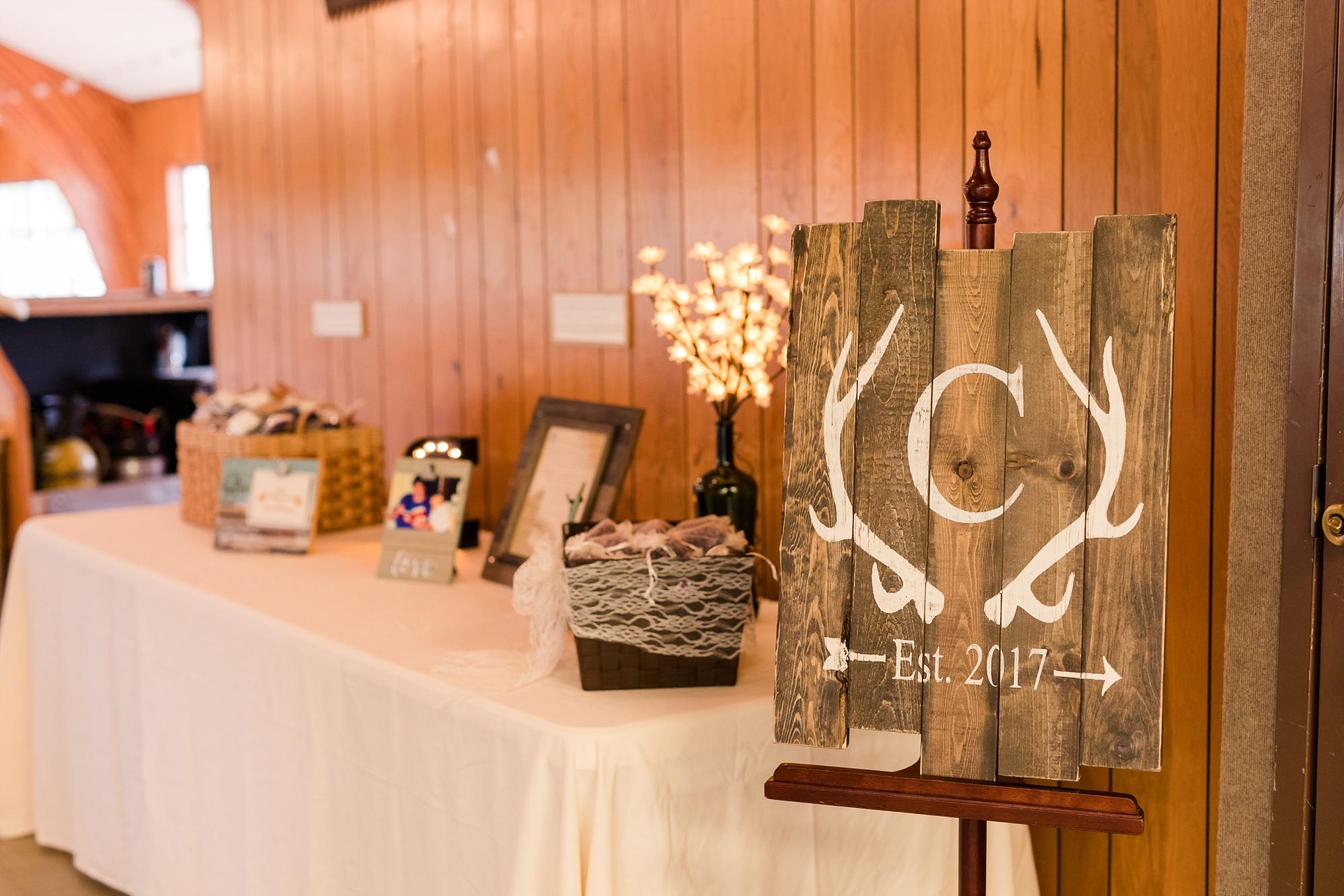 AmberLangerudPhotography_Fair Hills Resort Lakeside Wedding in Minnesota_3473.jpg