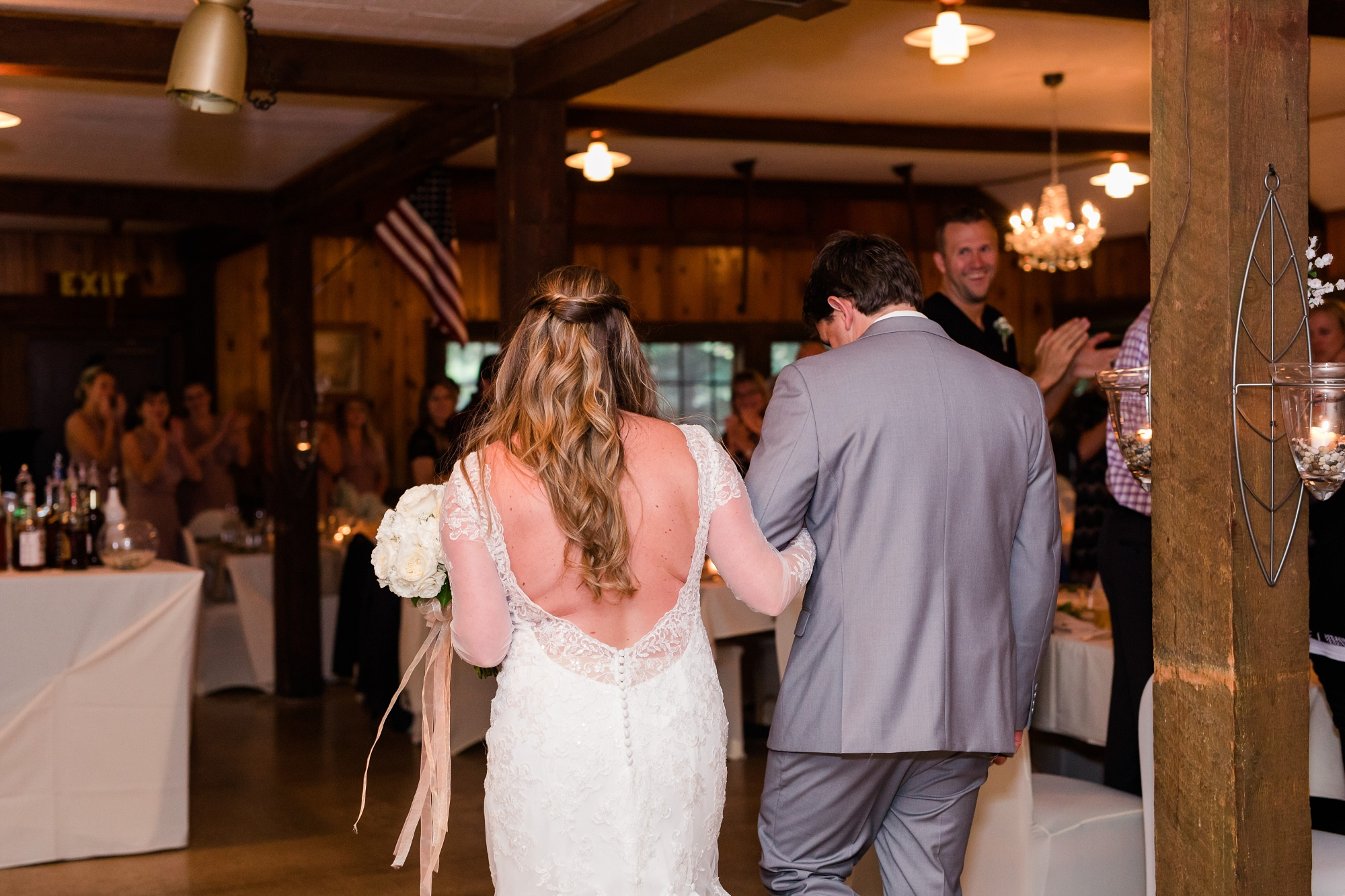 AmberLangerudPhotography_Fair Hills Resort Lakeside Wedding in Minnesota_3477.jpg