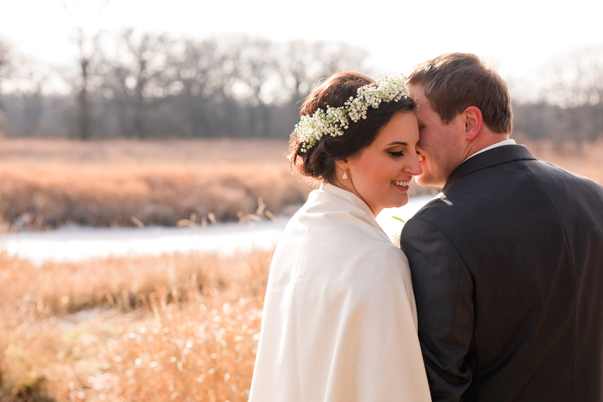 Amber Langerud_Rustic Oaks, MN winter barn wedding_0522.jpg