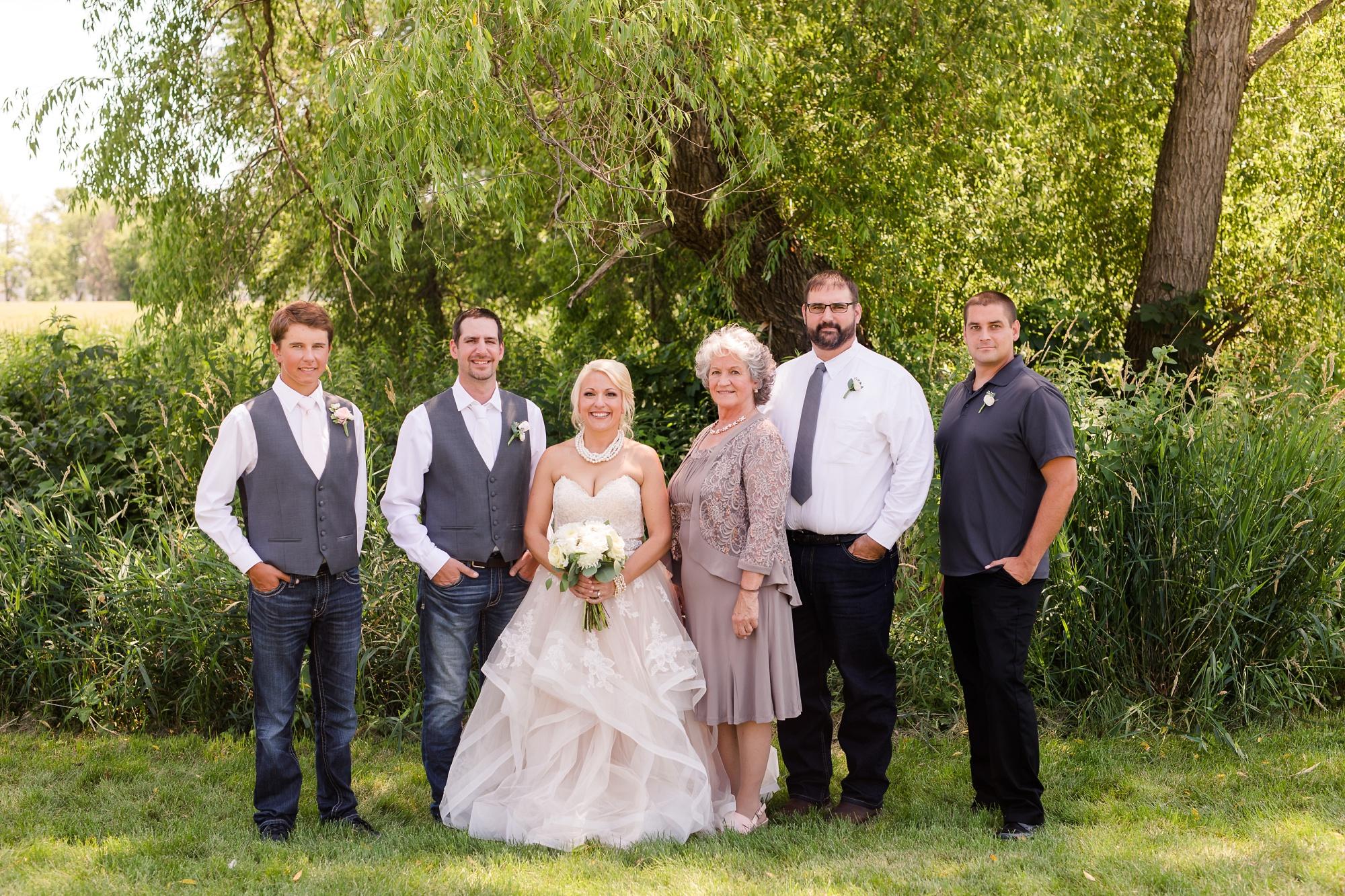 Amber Langerud Photography_Minnesota Barn Wedding_5167.jpg
