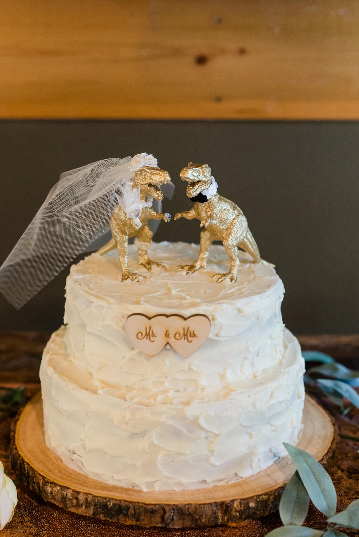 Amber Langerud Photography_Minnesota Barn Wedding_5185.jpg