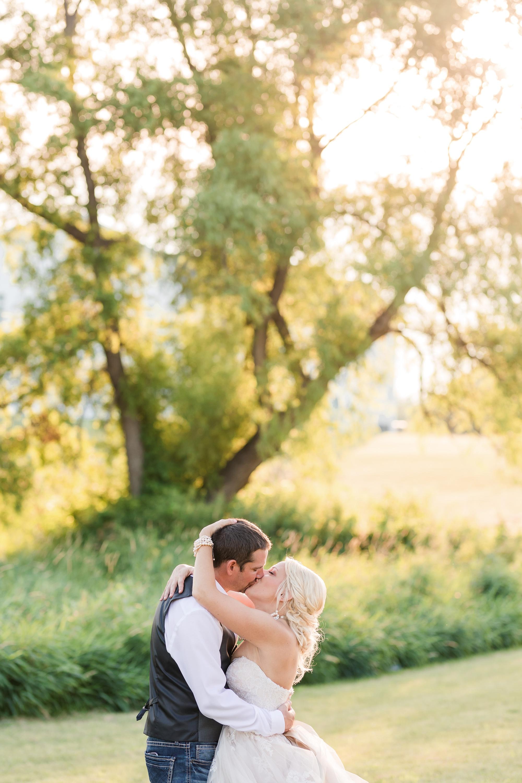 Amber Langerud Photography_Minnesota Barn Wedding_5204.jpg