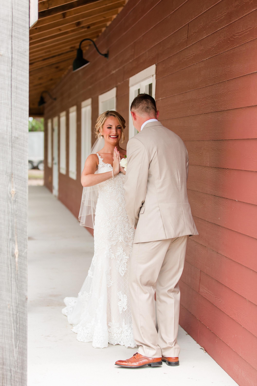 Amber Langerud Photography_Vintage Garden Minnesota Barn Wedding_5315.jpg