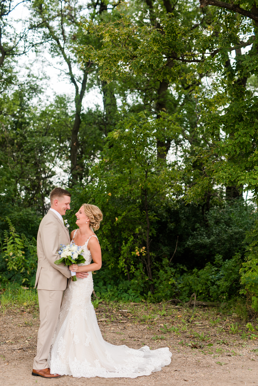 Amber Langerud Photography_Vintage Garden Minnesota Barn Wedding_5324.jpg