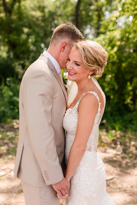 Amber Langerud Photography_Vintage Garden Minnesota Barn Wedding_5333.jpg