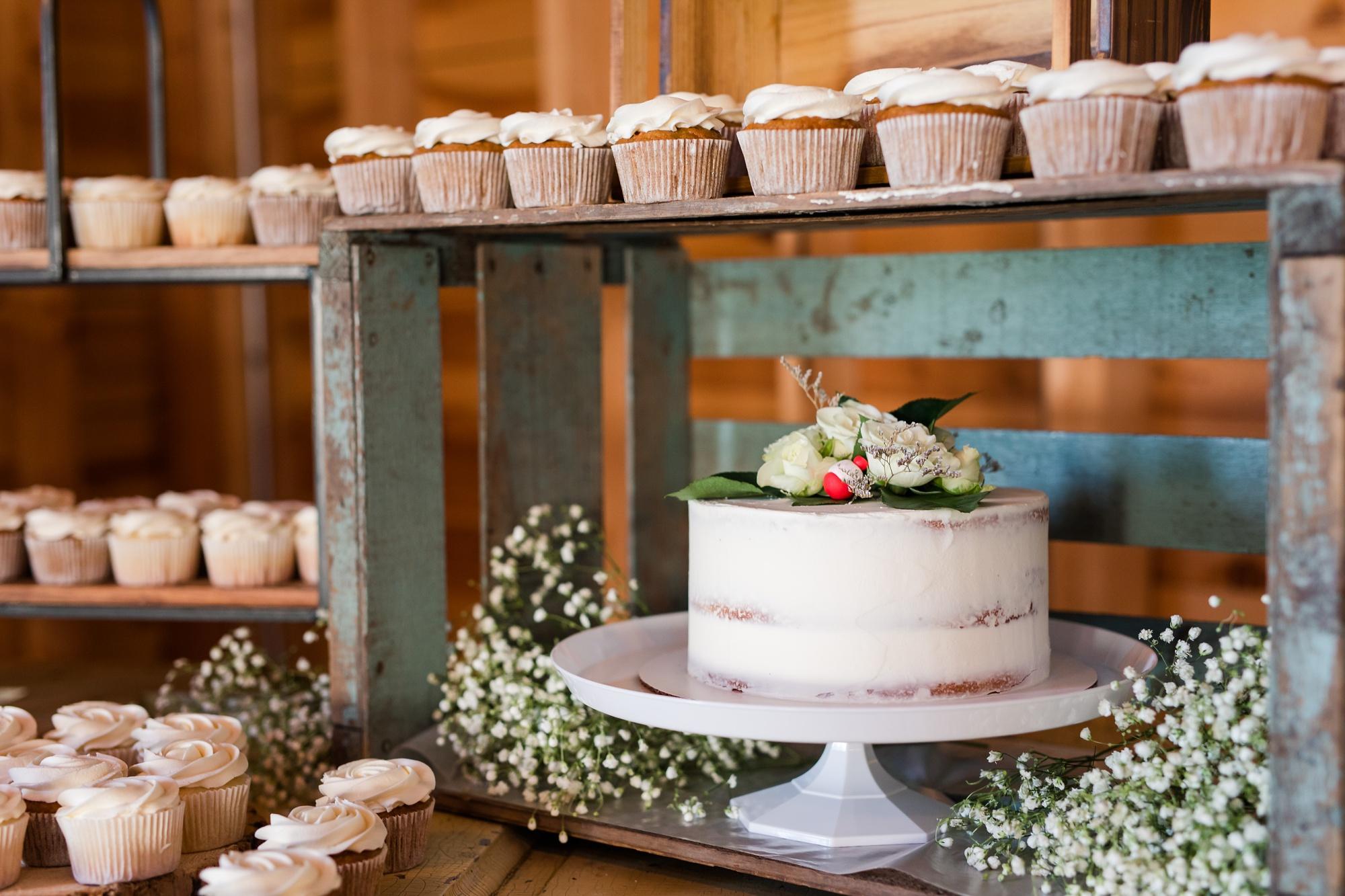 Amber Langerud Photography_Vintage Garden Minnesota Barn Wedding_5381.jpg