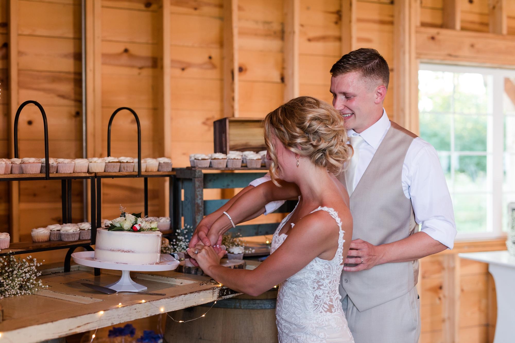 Amber Langerud Photography_Vintage Garden Minnesota Barn Wedding_5383.jpg