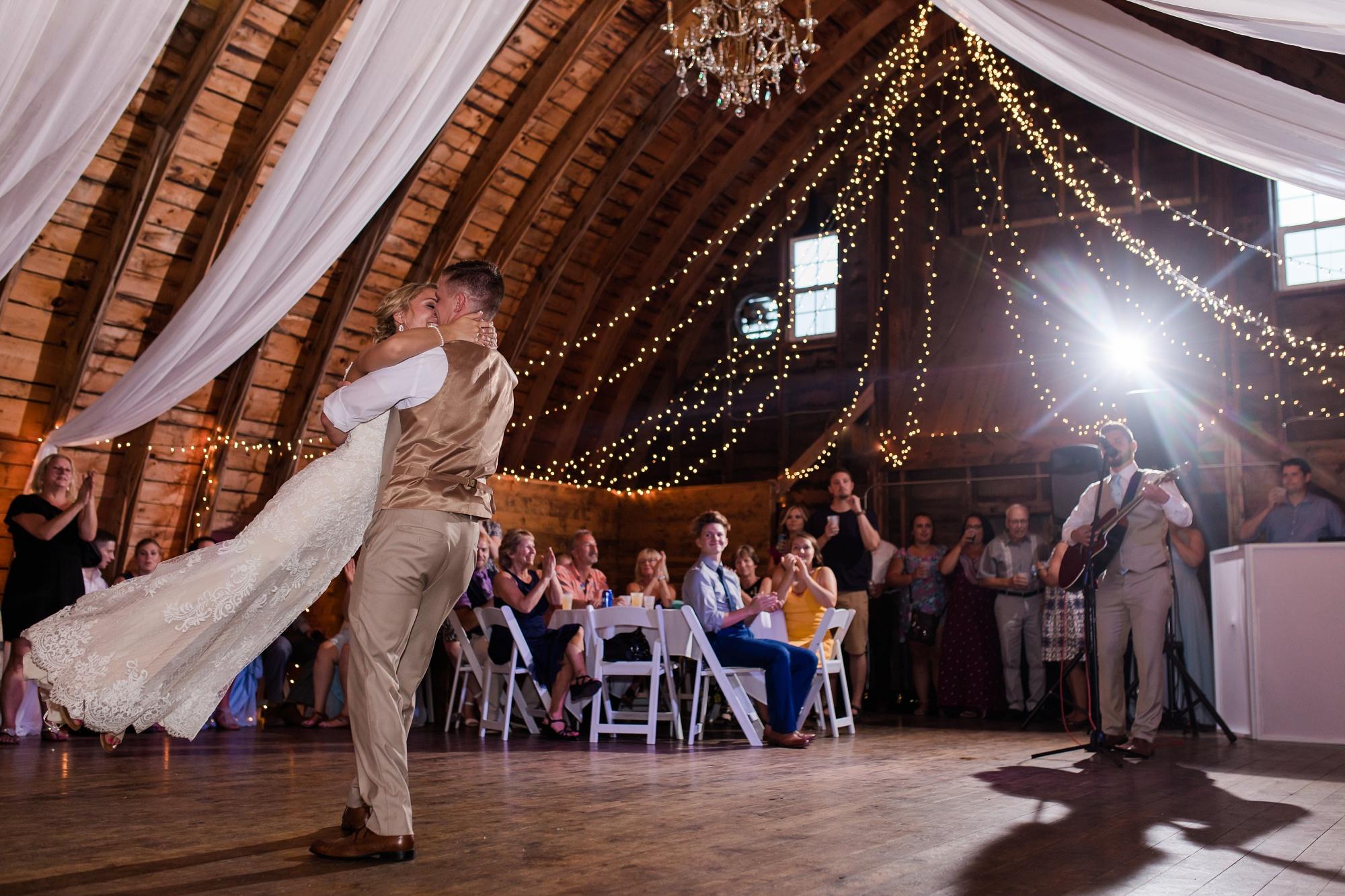 Amber Langerud Photography_Vintage Garden Minnesota Barn Wedding_5406.jpg