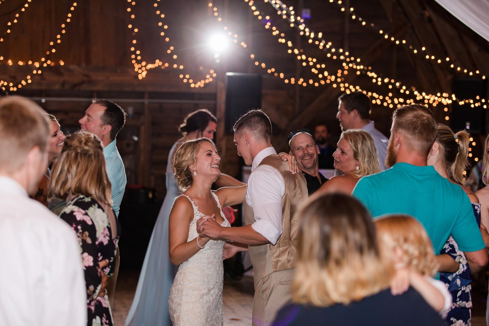 Amber Langerud Photography_Vintage Garden Minnesota Barn Wedding_5408.jpg