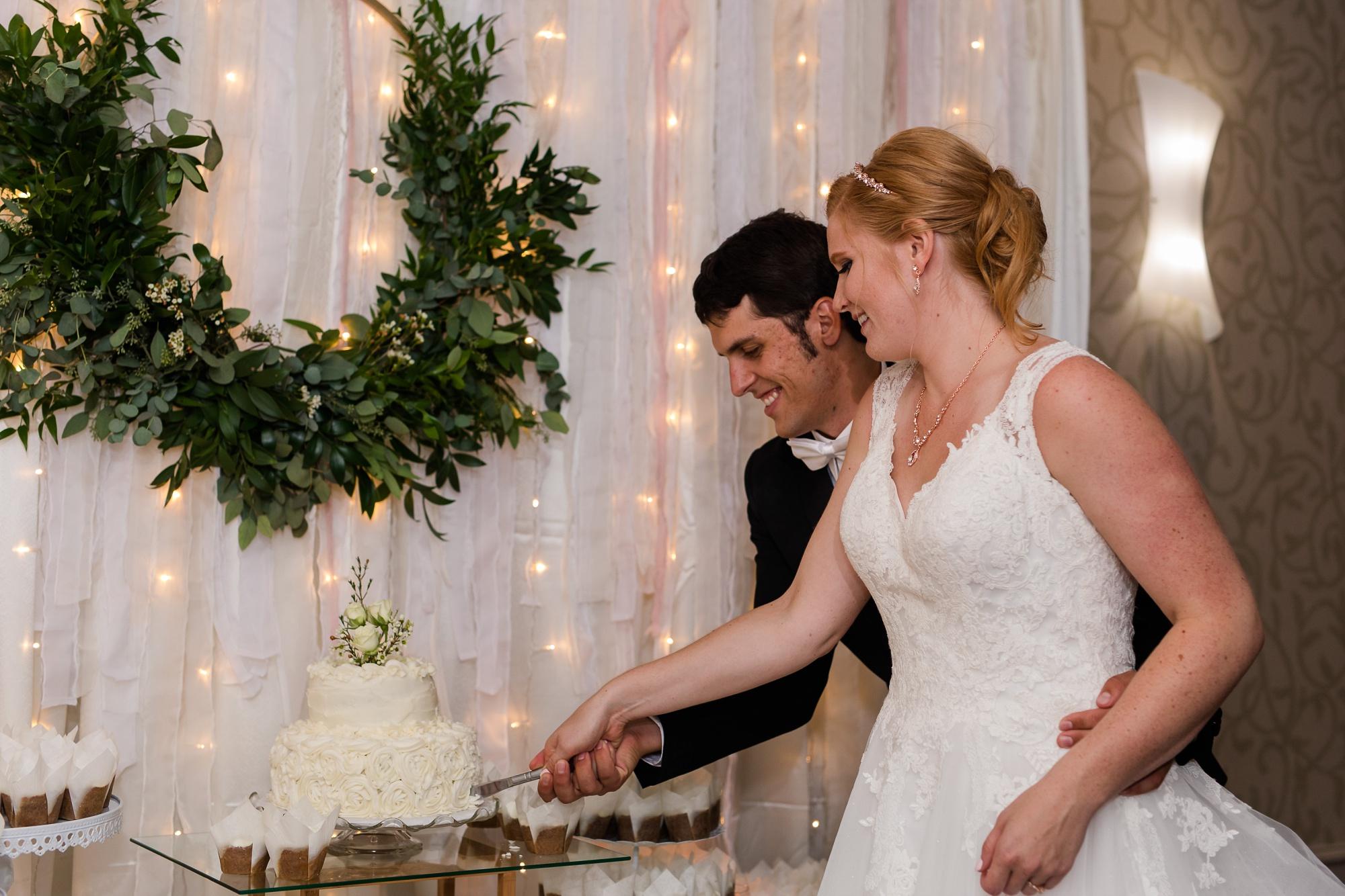 Amber Langerud Photography_Lakeside, Minnesota Wedding Brooke & Greg_5495.jpg