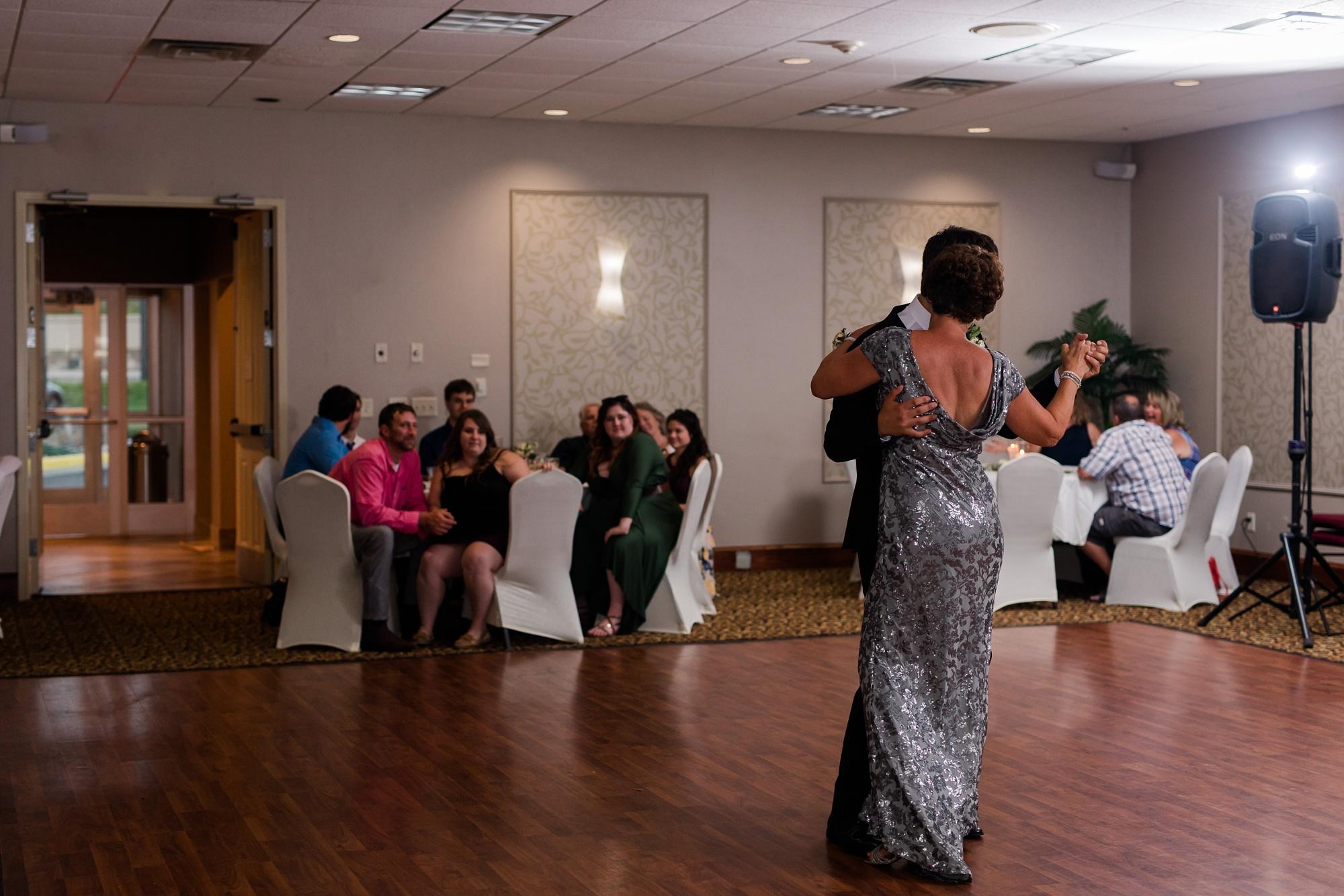 Amber Langerud Photography_Lakeside, Minnesota Wedding Brooke & Greg_5511.jpg